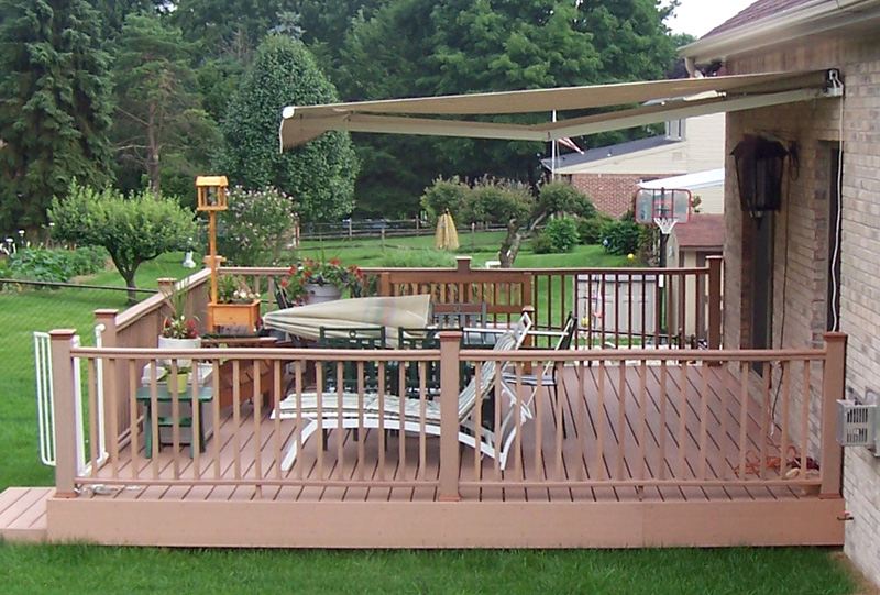 Retractable Awning Deck 8